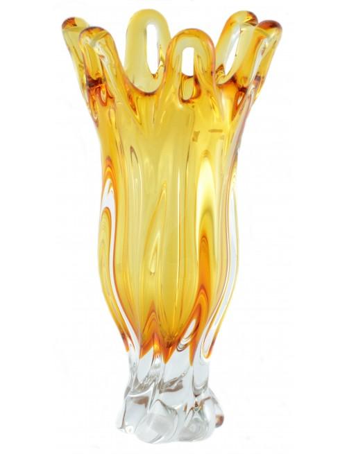 Üvegfúvással készült váza, borostyán színű, magassága 350 mm